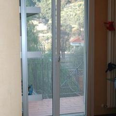 Porta finestra con anta ribalta Ventimiglia